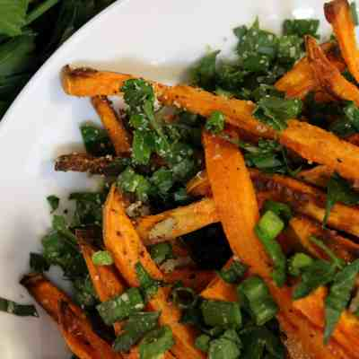 Herbed Baked Sweet Potato Fries (Meatless Monday)