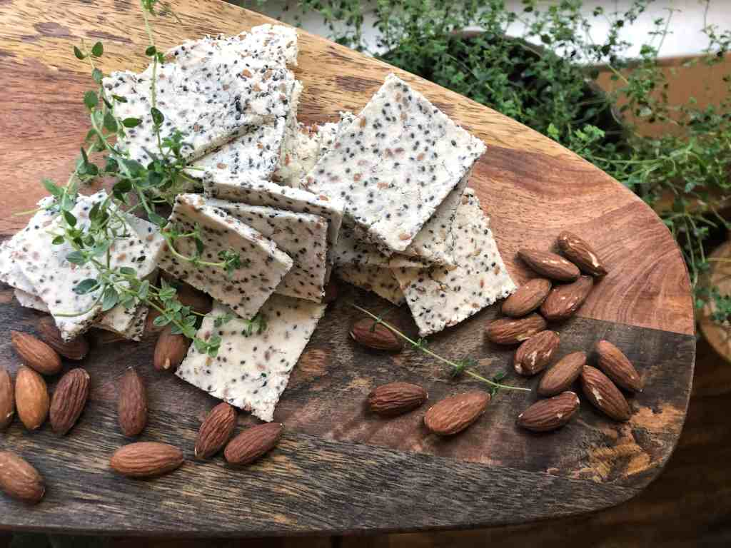 Almond Milk Pulp Crackers