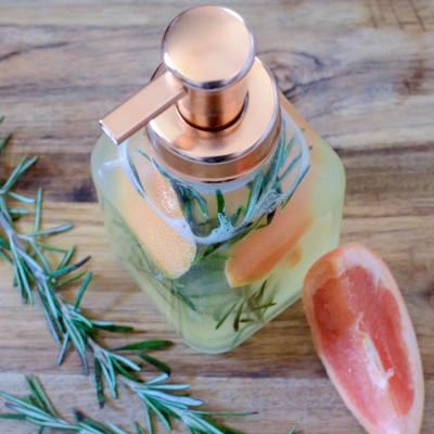 DIY Liquid Hand Soap – Rosemary Grapefruit