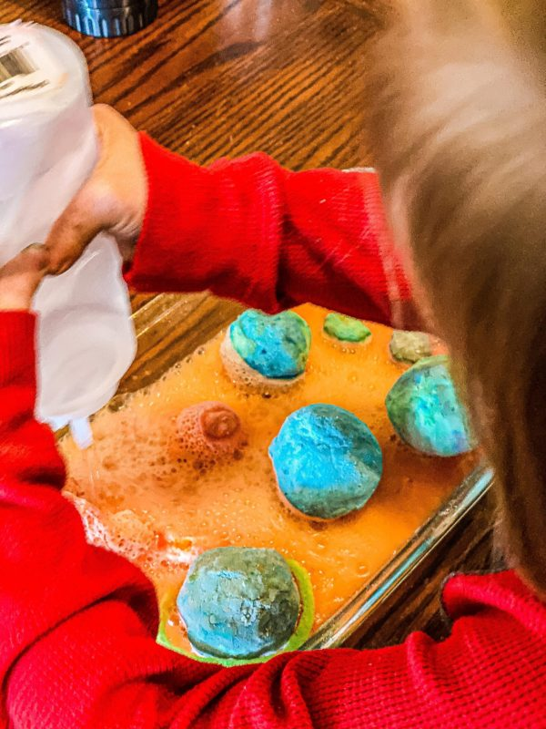 Fizzing Planets Space Activity for Preschoolers