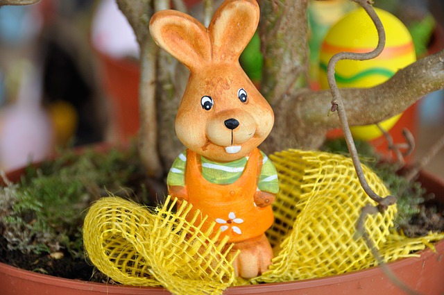 Another Easter bunny figurine