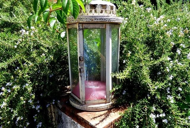 lantern-2666595_640