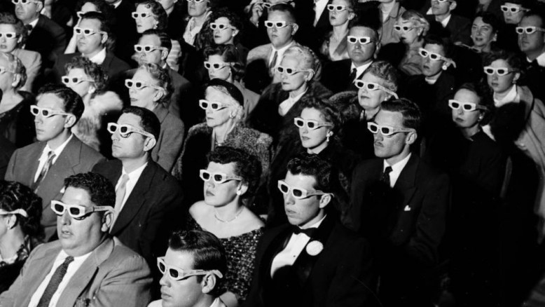 3D-Cinema-glasses-audience-1024x576