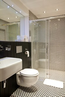 black and white bathroom remodeling