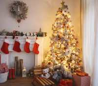 Christmas Tree Safety Tips for Your Home - Modernize