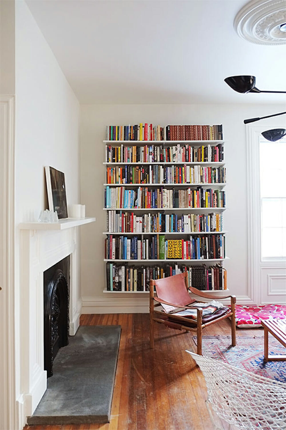 6 Creative Ideas To Decorate Your Blank Wall  Modernize