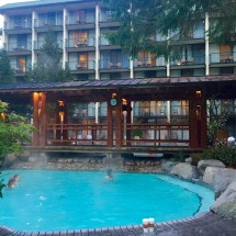 Getaway Harrison Hot Springs Resort - Modern Mama