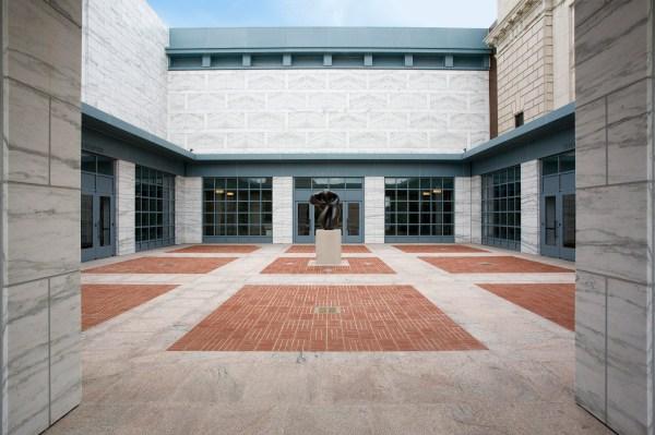 Courtyard Detroit Institute of Arts Museum