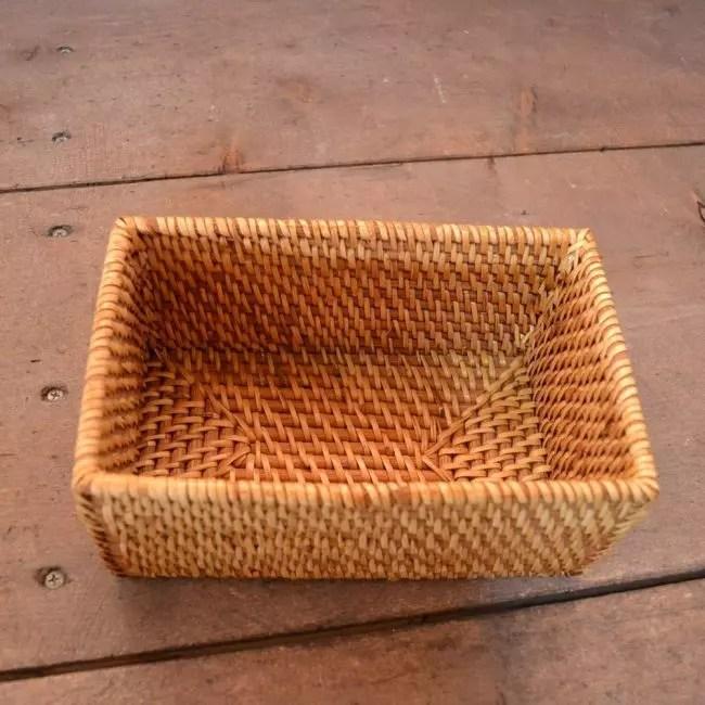 Boleh digunakan sebagai kotak roti
