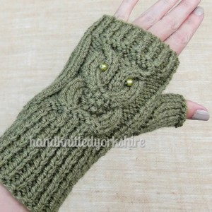 hand knitted yorkshire glove