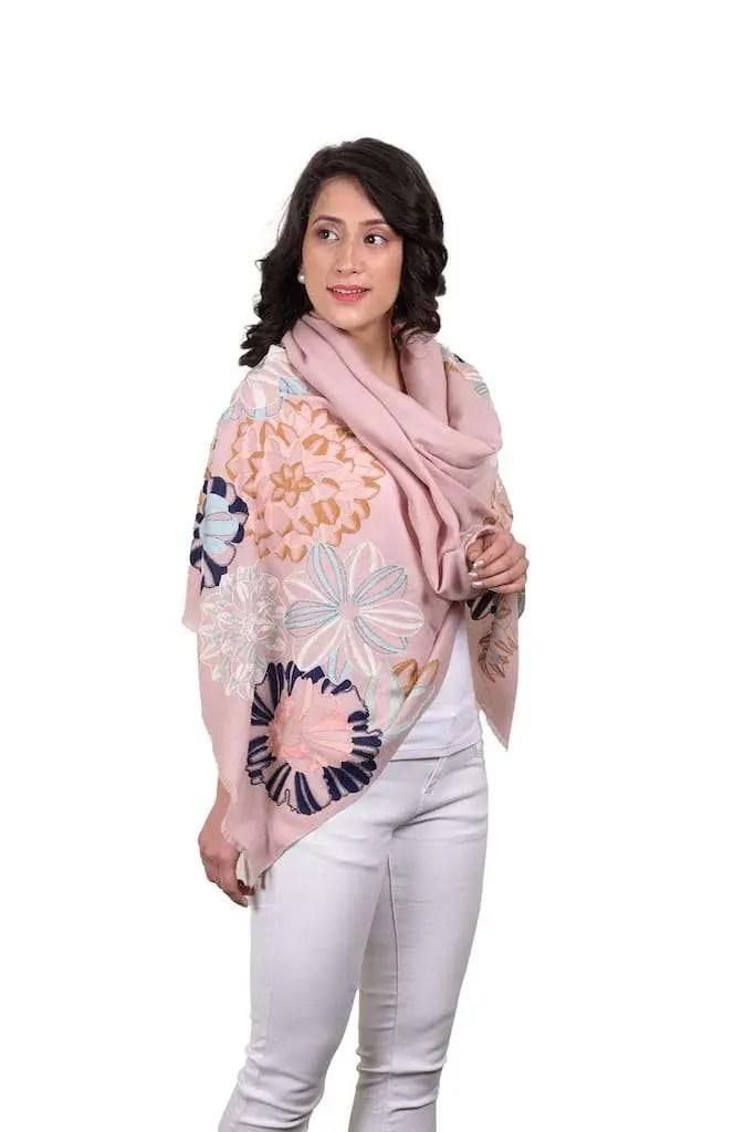 mauli-cashmere-handcrafted-modernshowroom
