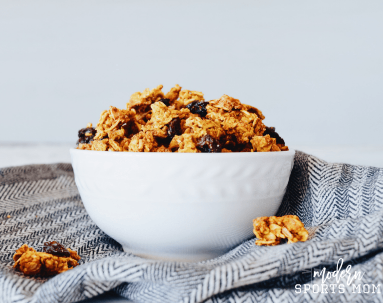 Fall is in the air with this delicious homemade Vegan Pumpkin Granola recipe. It's easy to make and can be part of any clean eating plan!