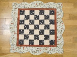 Checkerboard Table Topper with scallop border