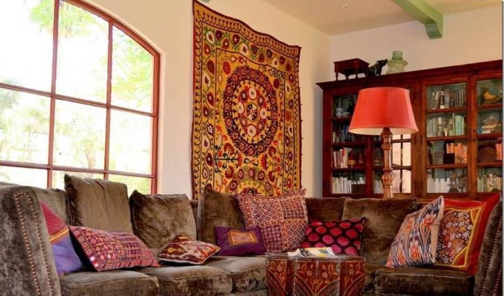 Amazing Home Decoration Ideas Using Indian Wall Tapestry  Modern Tapestry