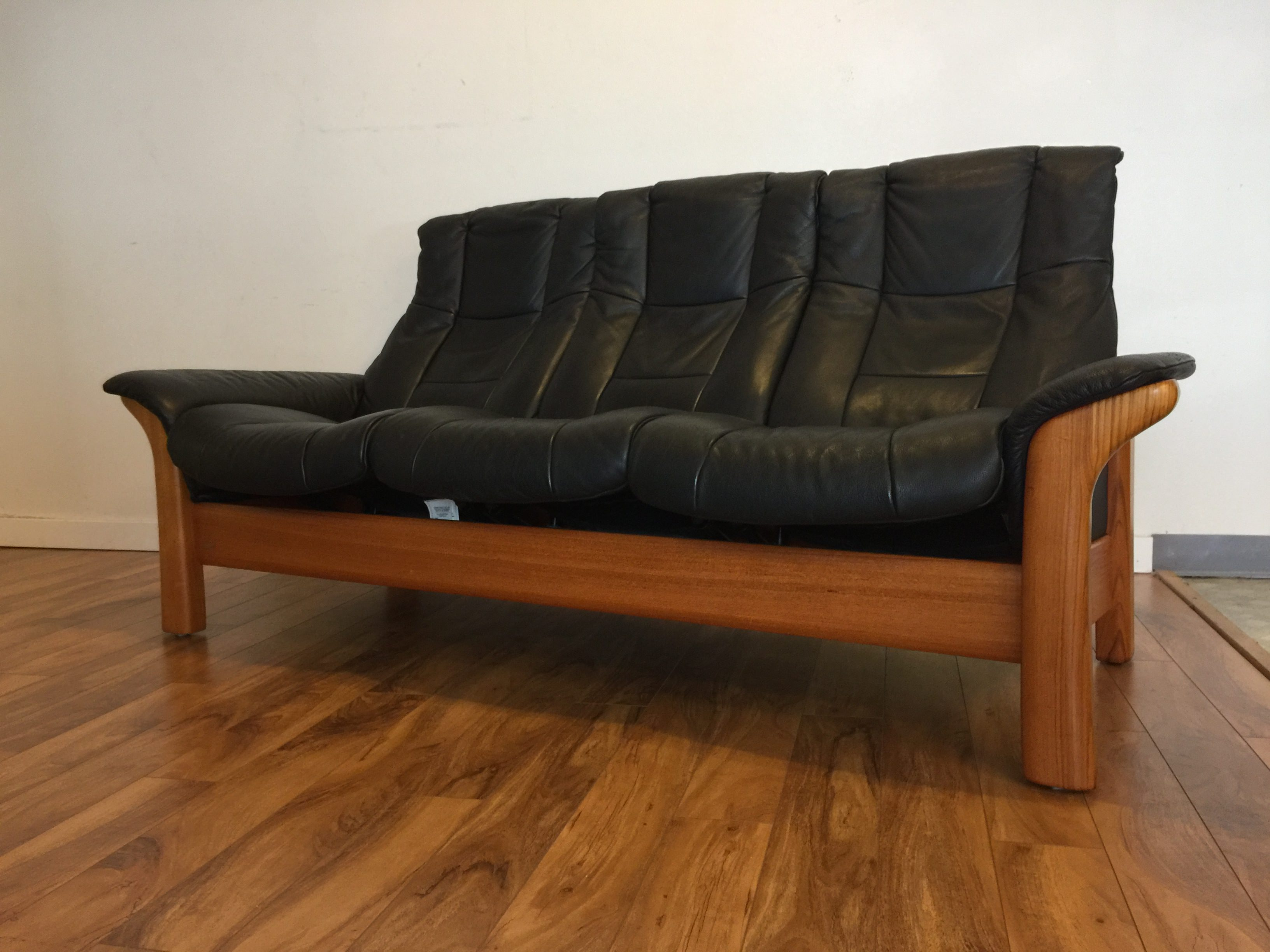 ekornes stressless sofa bed best usa sold leather reclining modern to vintage
