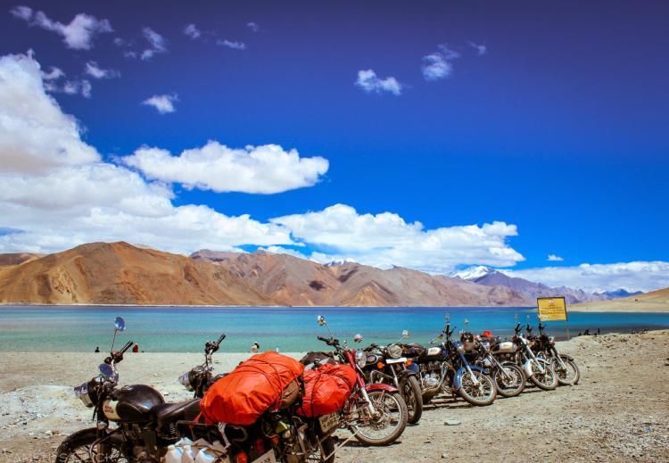Unique Travel Experiences In India