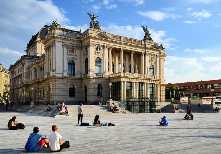Zürich Opera House is top place to visit in Zurich.