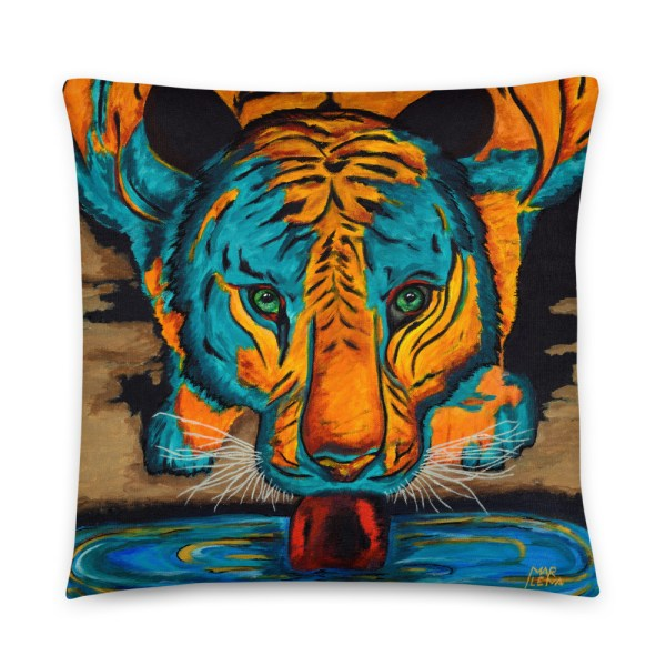 Eyes of the Tiger-Cushion (1)