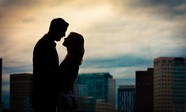 Make Your Marriage Proposal Memorable Without the Pressure