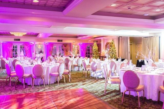 classic winter wedding