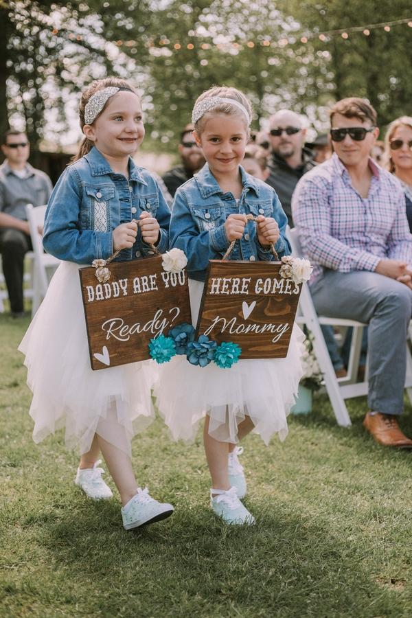 cozy rustic barn wedding