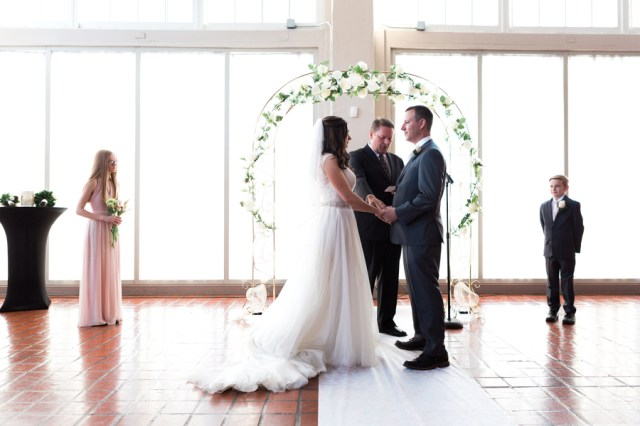 shabby chic Midwest wedding