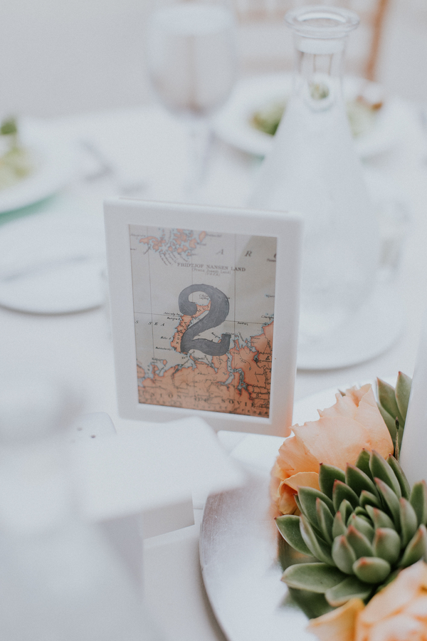 dainty spring wedding