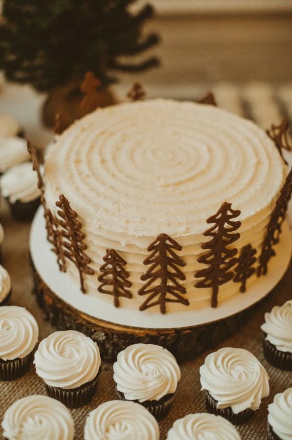 woodsy winter wedding