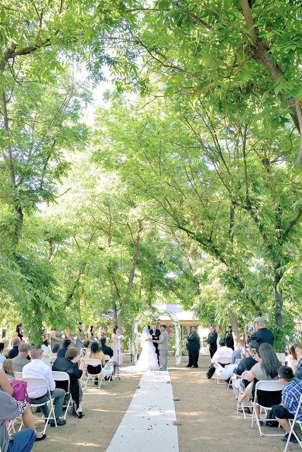 Raiders-inspired wedding