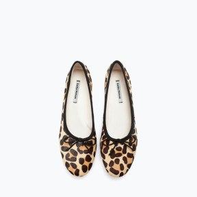 http://www.zara.com/de/de/trf/schuhe/flache-schuhe/lederballerinas-mit-leopardenmuster-c269221p2154562.html