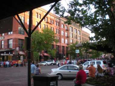 Omaha,_NE_Old_Market_2010