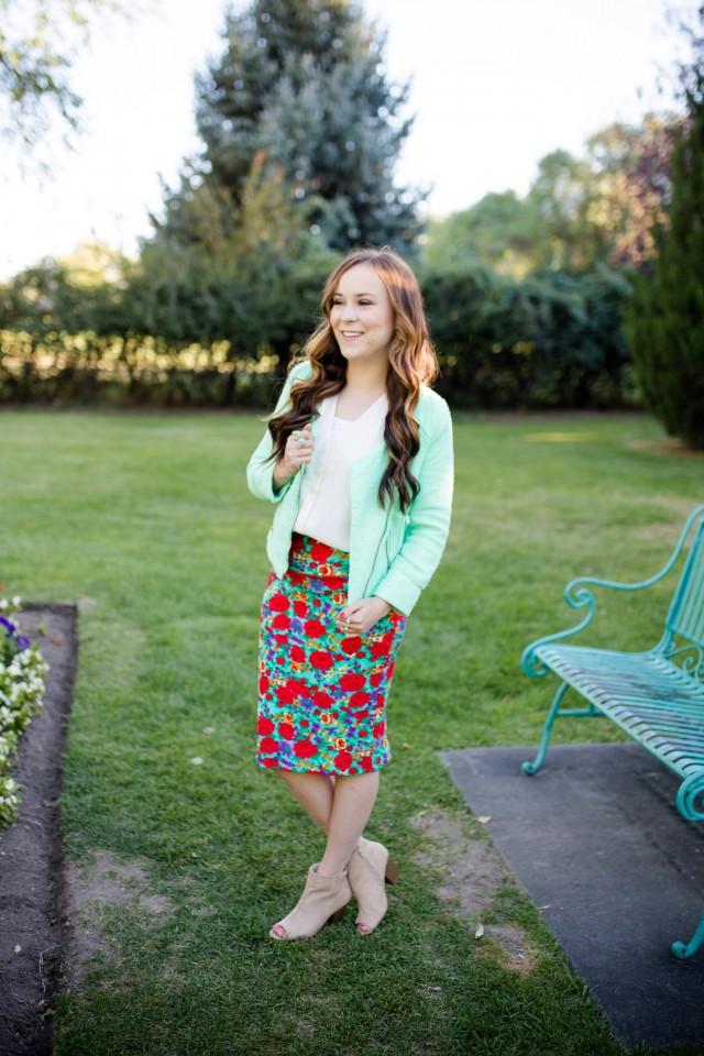 LuLaRoe Cassie Skirt Review | Modest Style | A Modest Fashion Blog