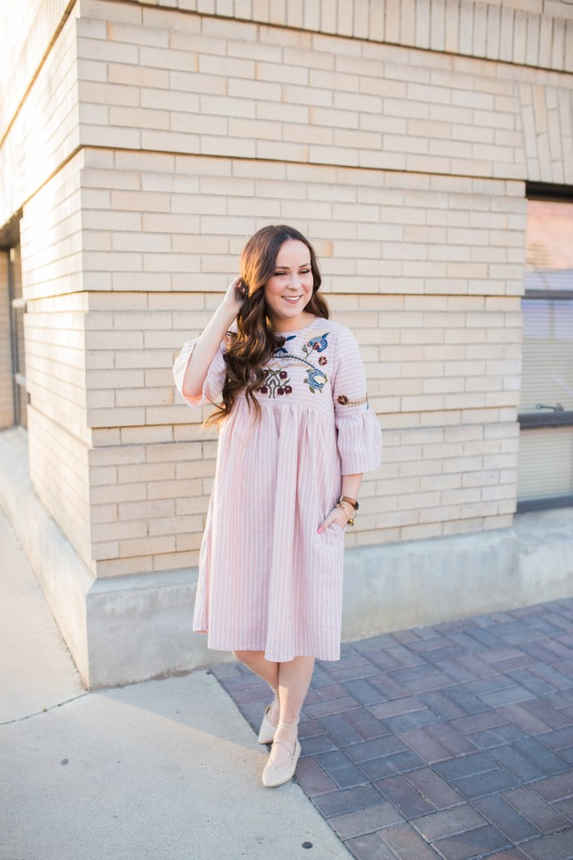 such a cute pink dress! Love the floral embroidery!