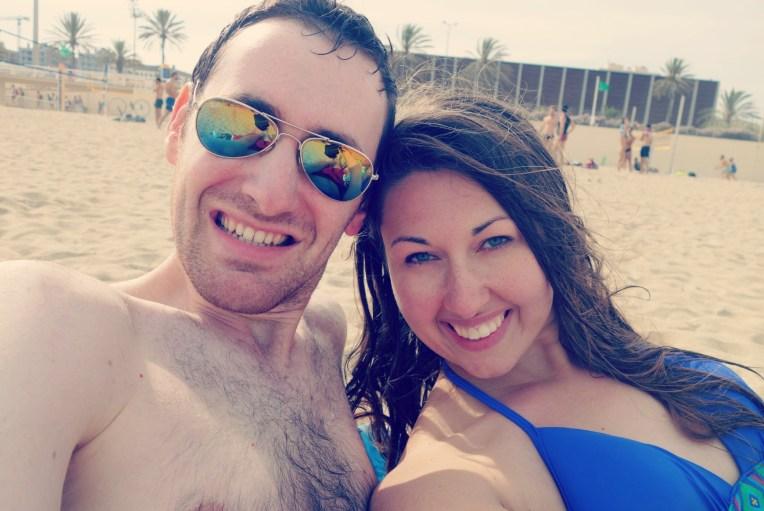 Flo and Jess a la plage