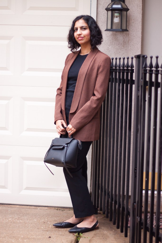 modest fall outfits oversized brown blazer