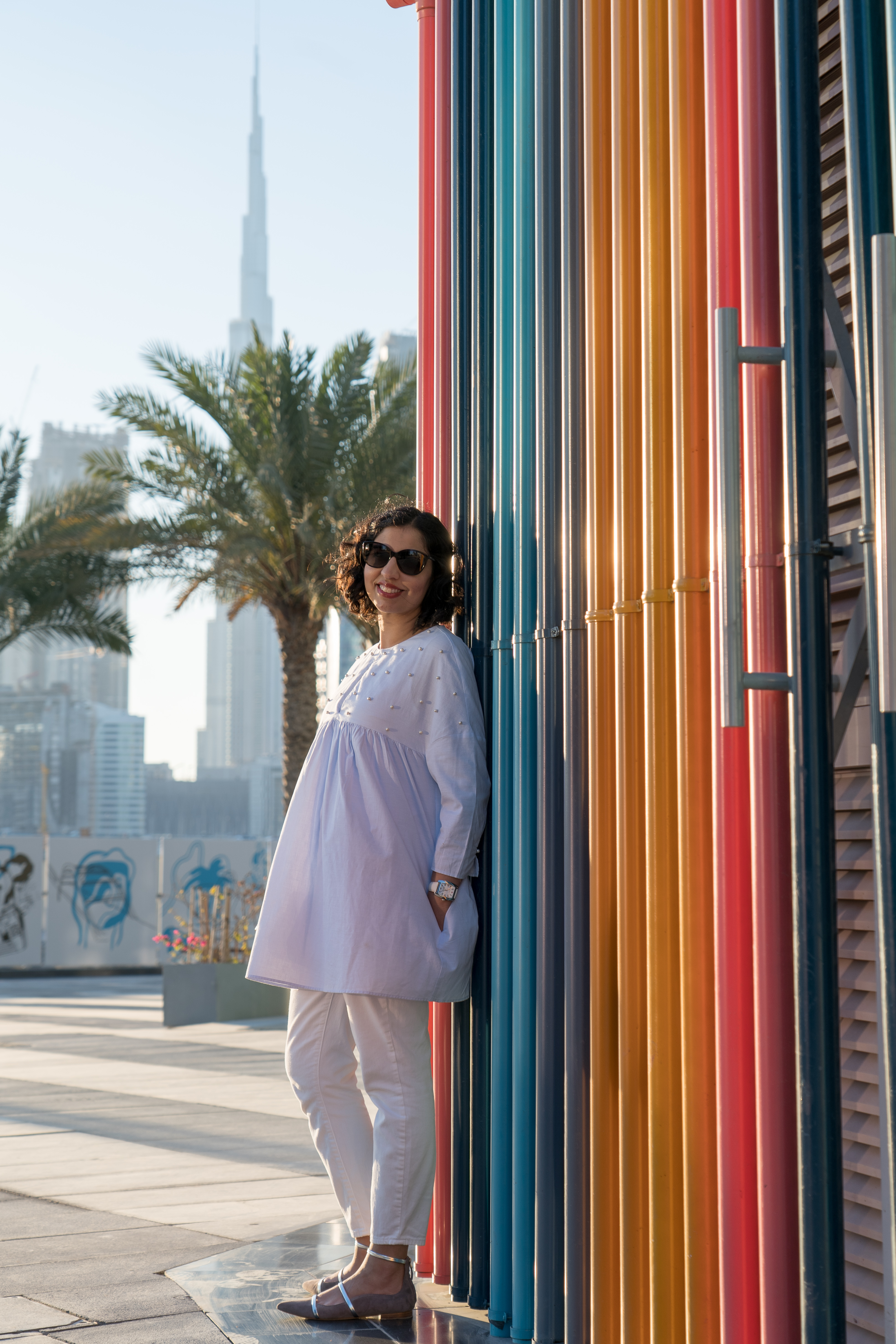 art and artistry in dubai colorful wall
