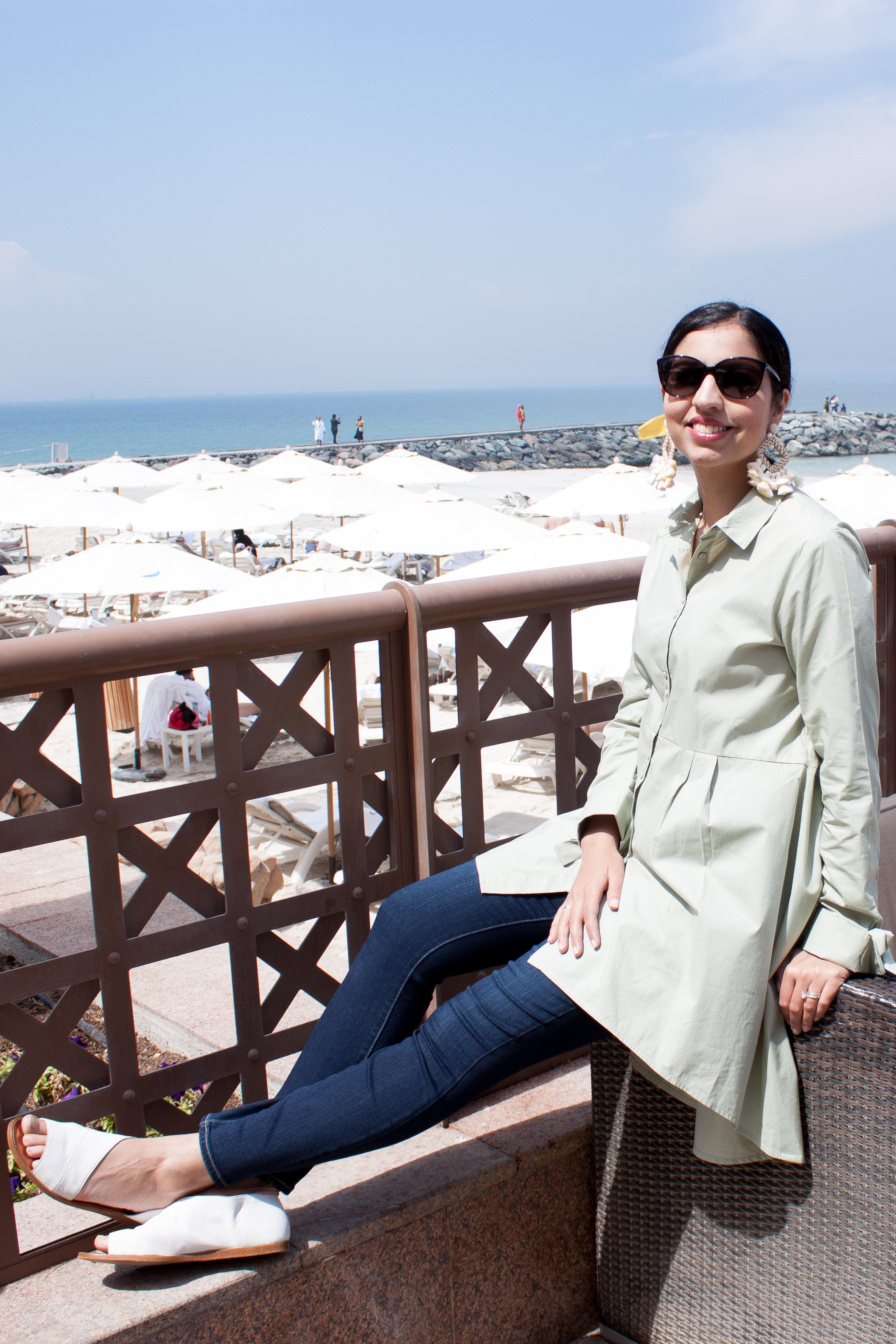 beach getaway to sheraton sharjah lounge