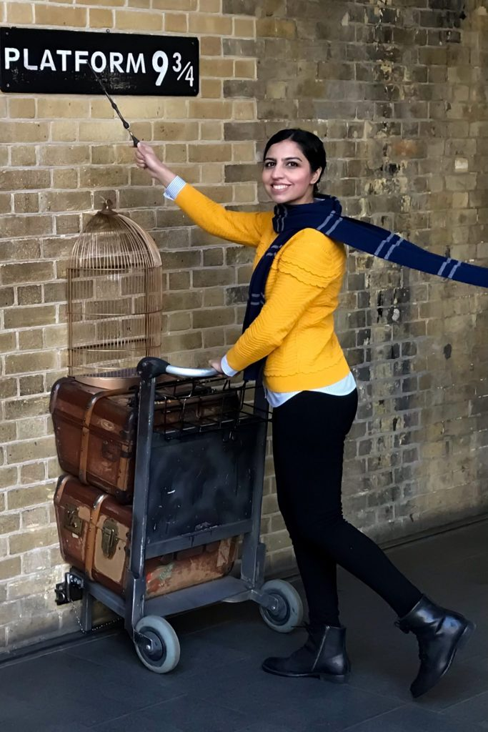 things to do in london with kids in winter harry potter platform 9 3/4