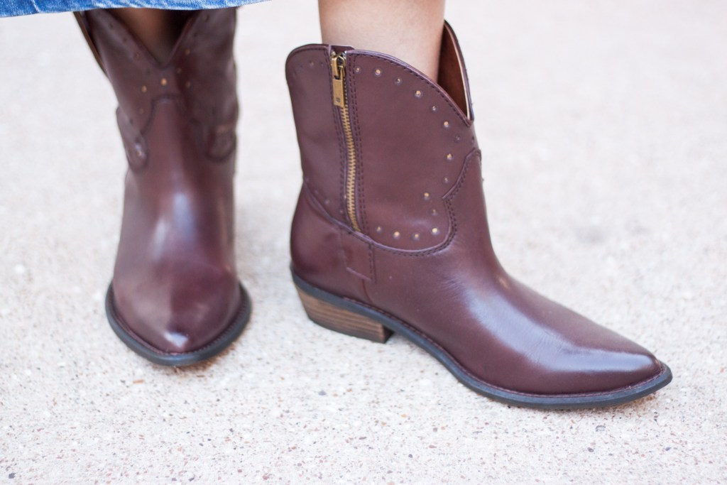what to wear to rodeo Houston cowboy boots