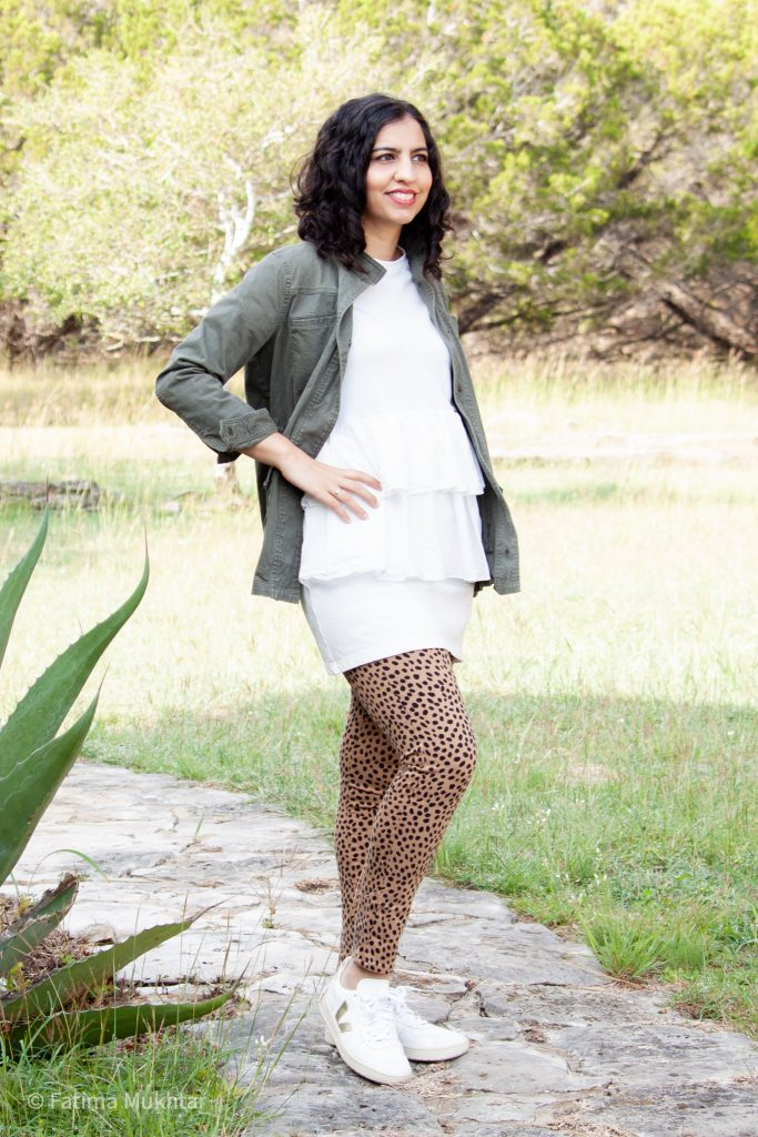 casual fall outfit ideas cheetah pants and utility jacket