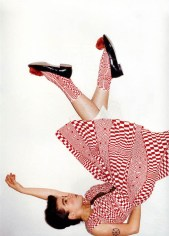 Em 2001, ano de VESPERTINE ©Juergen Teller para Self Service Magazine
