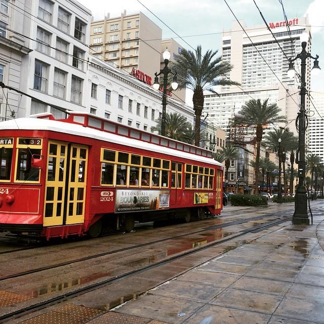 New Orleans Chantal Sarkisian Mode Xlusive Plus Size Blog Ottawa street car train
