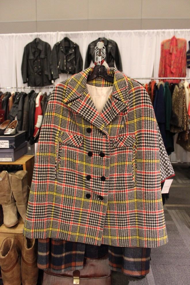 Ottawa Vintage Clothing Show Mode Elusive Ottawa Blogger Curvy Fashion Style Blog Chantal Sarkisian