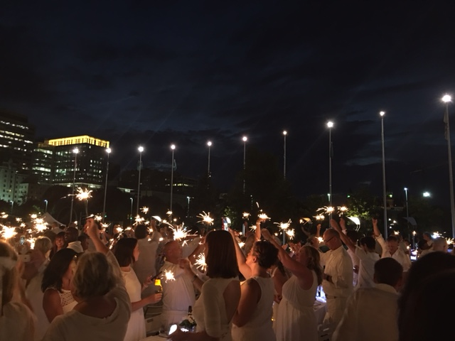 Diner en Blanc 2016 Ottawa Fashion Blog 15 Sparklers at night