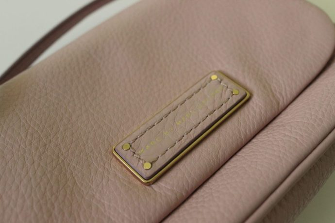 valamode-ottawa-fashion-blog-marc-jacobs-luxury-consignment-ottawa-fashion-blogger