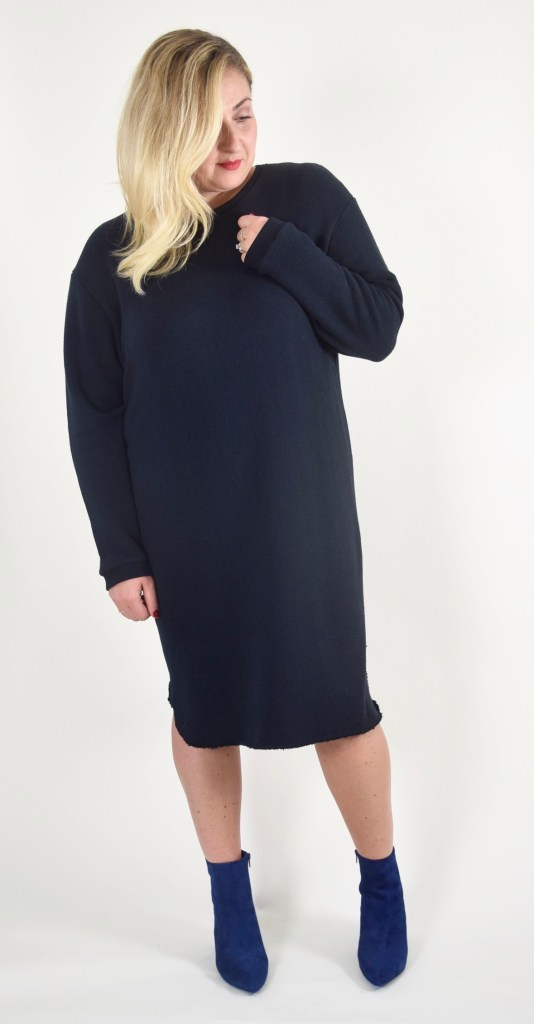 either-or-ottawa-fashion-blog-eco-fashion-curvy-style-blogger-black-sweater-dress