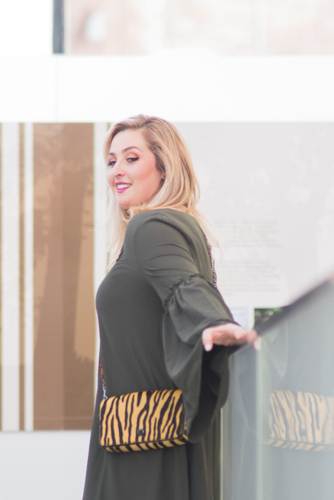 ELVI plus size bell sleeve dress Ottawa Fashion Blogger Chantsy coach purse