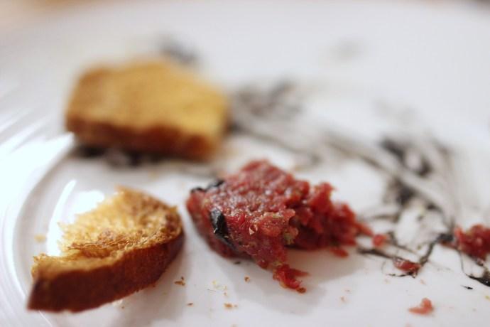 Mena-Ottawa-French-Restaurant-Foodie-Food-Travel-Fashion-Blogger-Blog-Chantsy-Caribou-Tartar