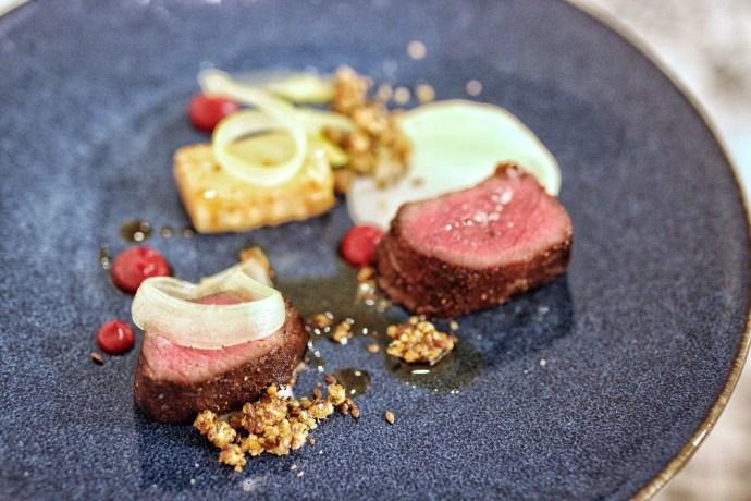 Mena-Ottawa-French-Restaurant-Foodie-Food-Travel-Fashion-Blogger-Blog-Chantsy-apple-Venison
