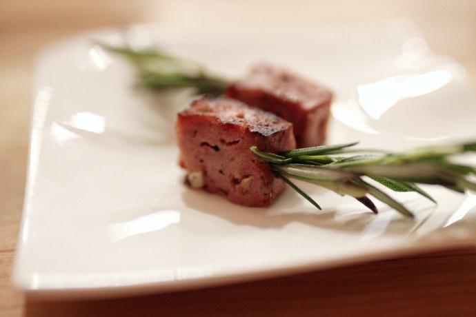 Mena-Ottawa-French-Restaurant-Foodie-Food-Travel-Fashion-Blogger-Blog-Chantsy-kielbasa-amuse-bouche